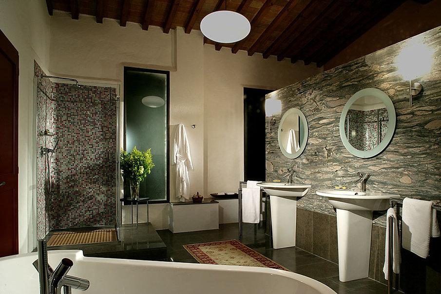 San-Regolo-Luxury-Tuscany-Villas-03-web.
