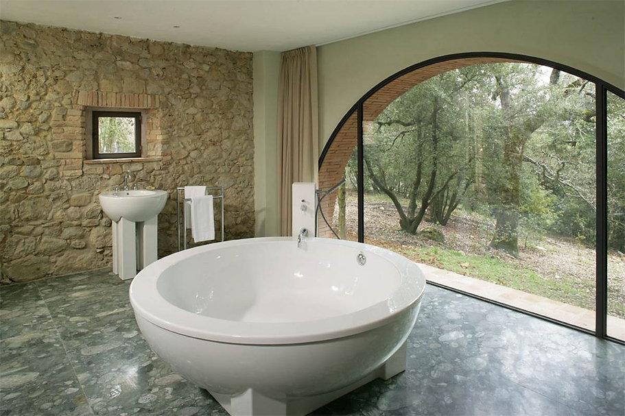 Escaiole-Luxury-Tuscany-Villas-01-web.jp