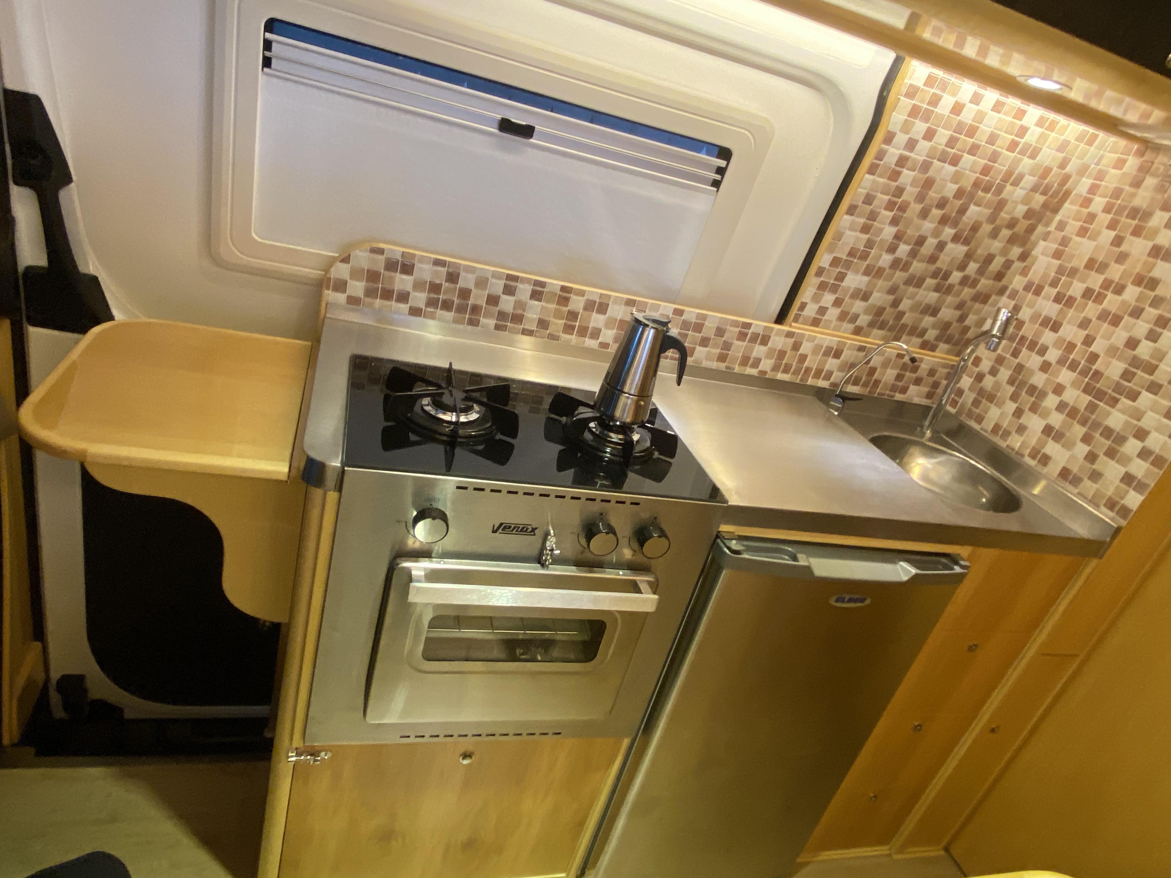 Sprinter 416 Carlos 011 cozinha venax el