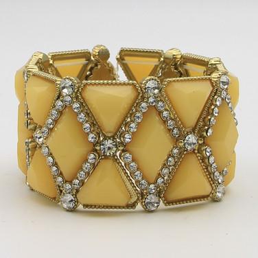 $12 Diamond Cabochen Strech