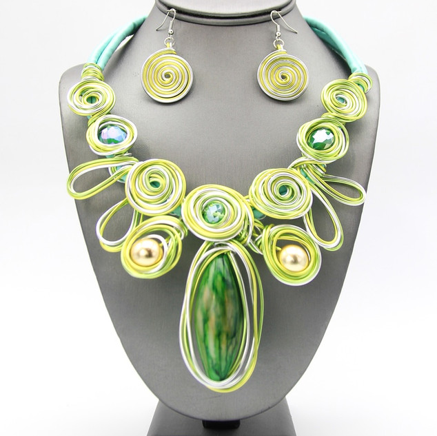 SOLD OUT L Green Resin Wire Collar $20