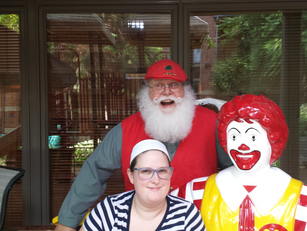 Indy Santa Fred At Ronald McDonald House