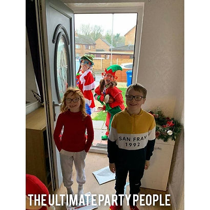 Magical Christmas elf visits, elf visits, elves to your door, elves in Liverpool, St Helens elves, Christmas ideas for kids