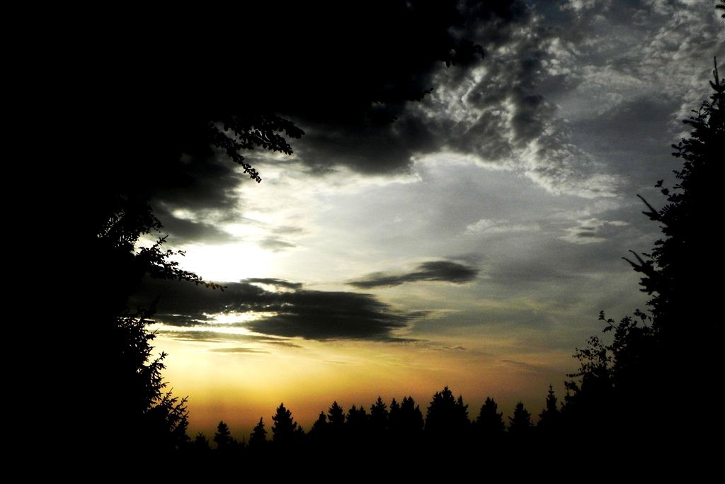 Sonnenuntergang Windpark