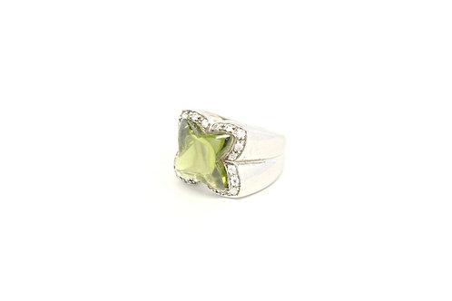 Lucky Clover Peridot Ring
