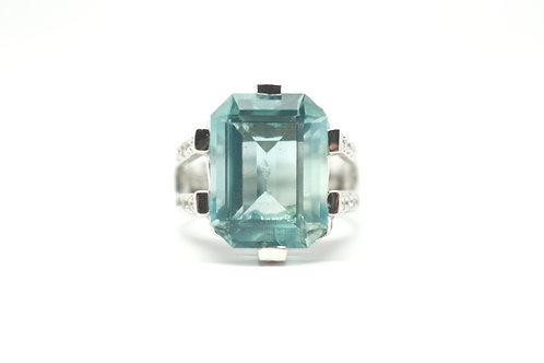Green Fluorite & White Topaz Ring
