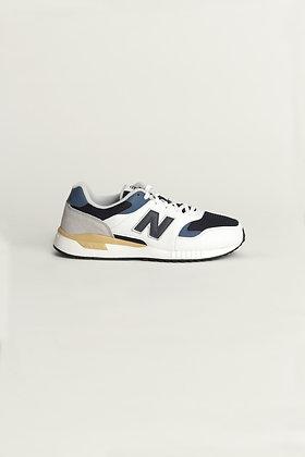 New Balance ML570
