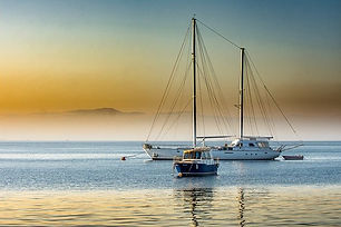 boats-2758962_640.jpg