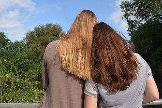 best-friends-1425552_640.jpg