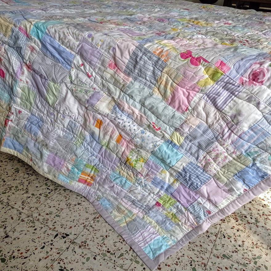 Crumb bed quilt