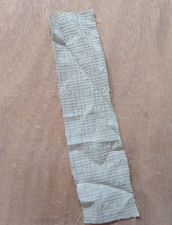 Greeny beige strip