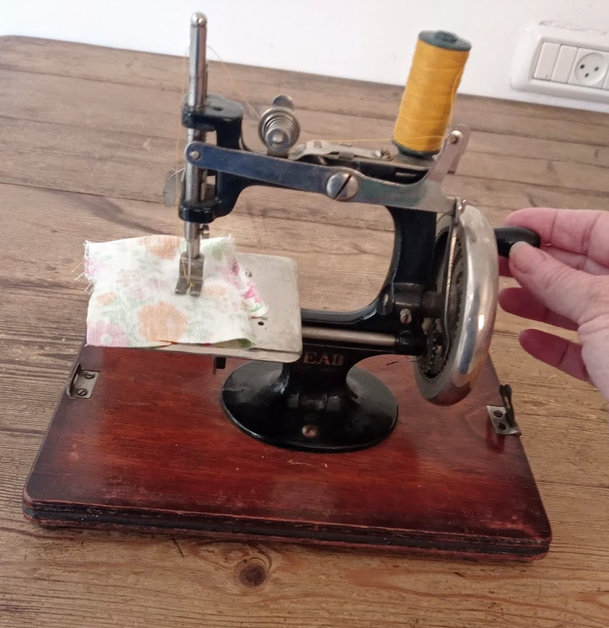 Sewing on the vintage machine