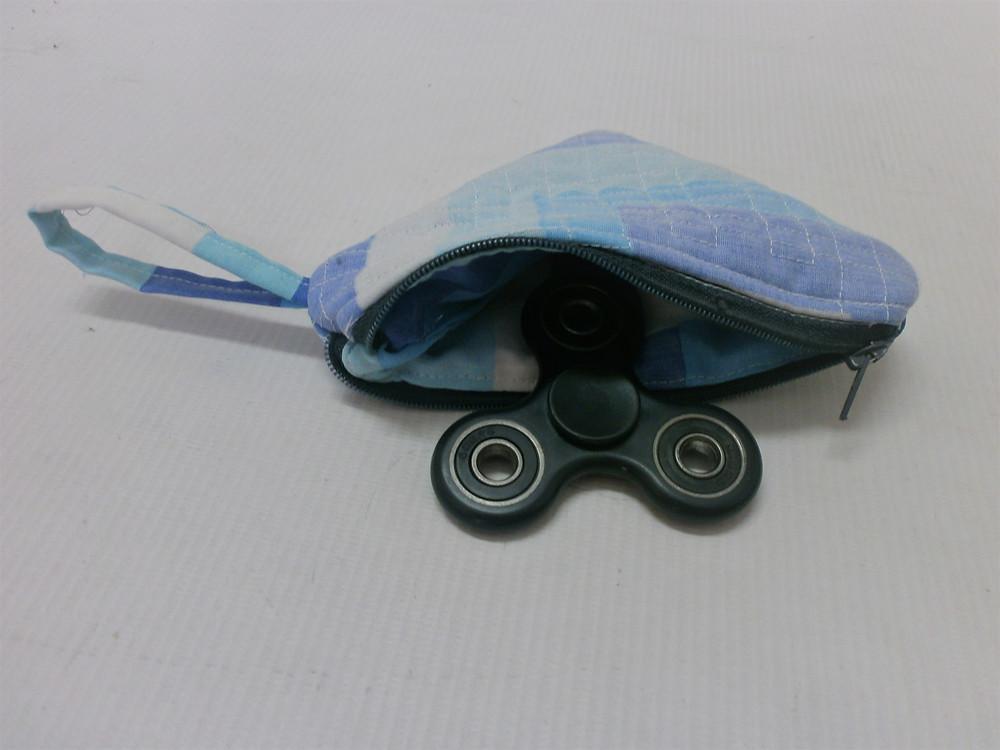 Spinner fidget toy pouch