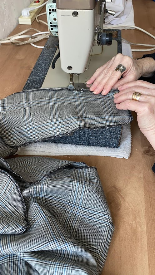 Hemming the front panel