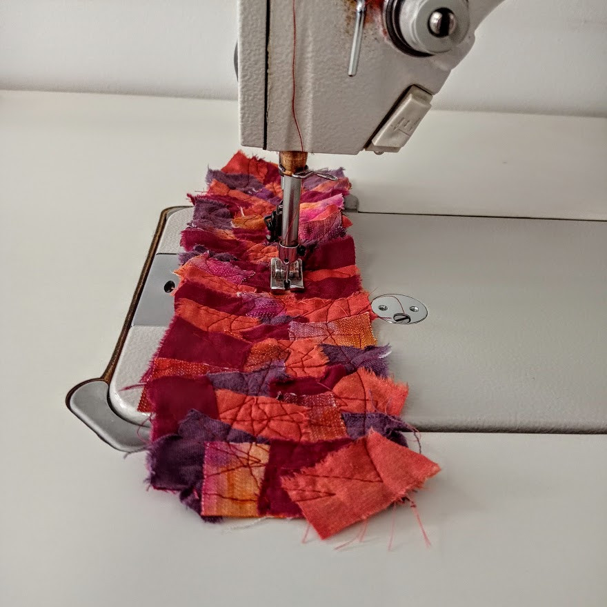 Creating textured quilted fabric