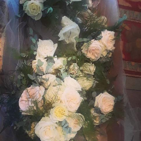 Bridesmaids bouquets,  beautiful garden