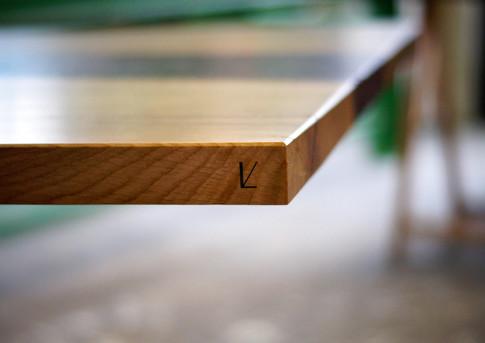 Table repas bois et pouzzolane 3.jpg