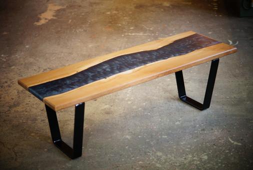 Table_basse_métal_bois_résine_3.jpg