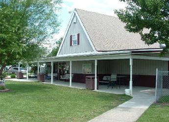 Store & Restaurant