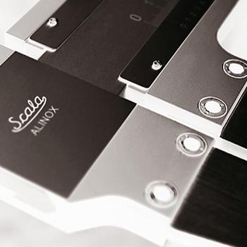 Imagen de un calibre o pie de rey gama Alinox marca Scala