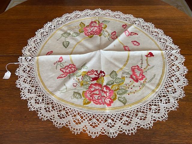 Roses Round Textile