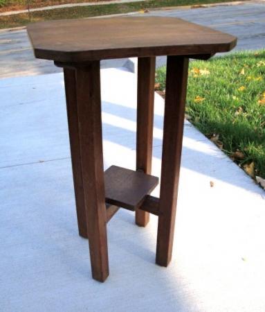 L&JG Stickley Side Table