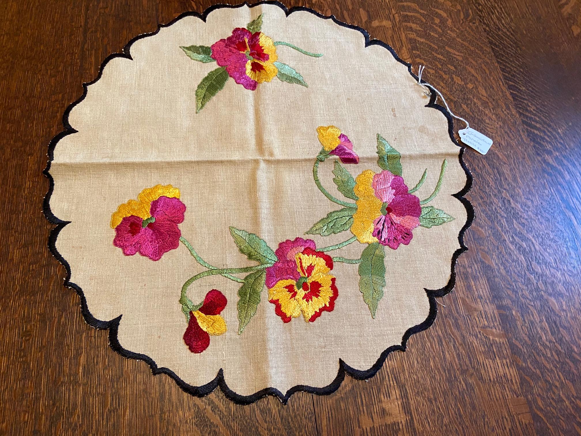 Round Pansies Textile