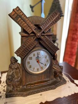 Windmill Clock