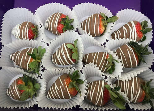 (12ct) Box of Chocolate Strawberies.