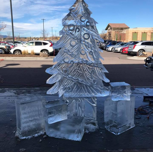 Christmas Tree Ice Carving