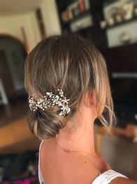 Haarstyling für Sommerhochzeit
