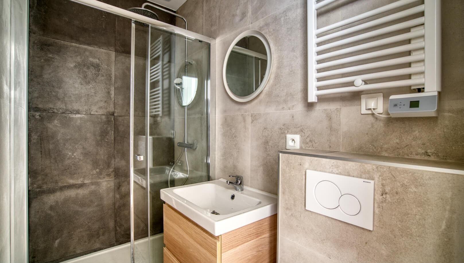 salle de bain amenagement tendance renovation appartement travaux-decoration lyon architecte intérieur studiolb lisa bronsztejn natural colors