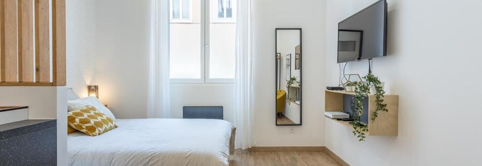 investissement locatif amenagement tendance renovation appartement travaux-decoration lyon architecte intérieur studiolb lisa bronsztejn or et argent
