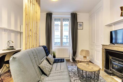 Appartement typiquement lyonnais rénové