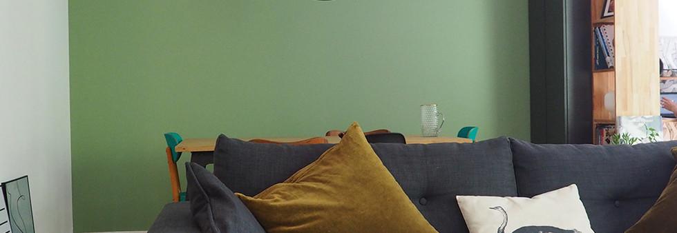 sejour vert amenagement tendance renovation appartement travaux-decoration lyon architecte intérieur studiolb lisa bronsztejn urban jungle marion lanoe