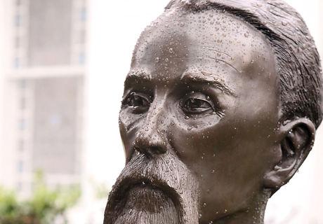 Charles Schaeffer statue