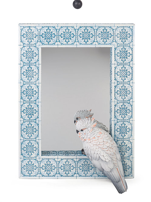 Specchio con dettaglio pappagallo