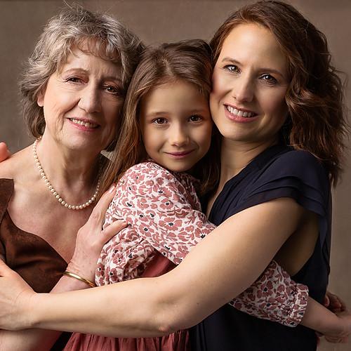 Béatrice, Erika & Elise - Séance Famille 3 Générations