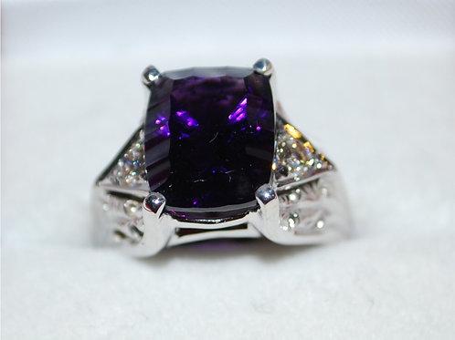 Amethyst and Diamond ring  RA101