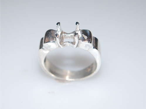 5 x 5 square silver ring