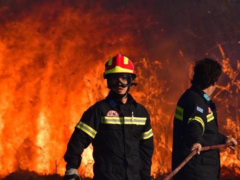 Οι πυροσβέστες εκφράζουν την αλληλεγγύη και τη στήριξη στο δοκιμαζόμενο Υγειονομικό Προσωπικό