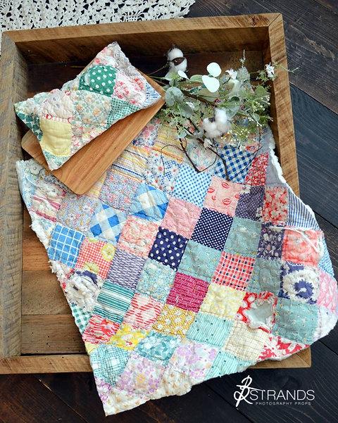 Classic Patchwork Vintage Quilt Set