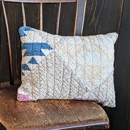 Rocky Glen Vintage Quilt Pillow | 12x16 in.