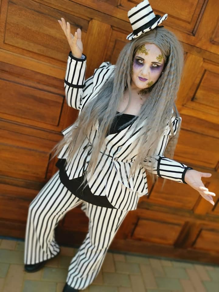 FEMALE BEETLEJUICE COSPLAY COSTUME