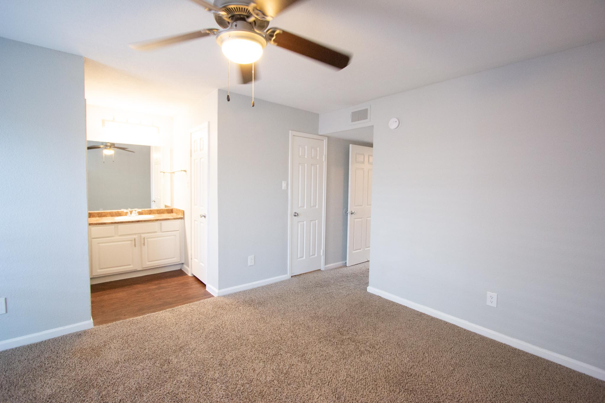 Claridge Apartments-22
