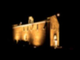 la chapelle et la lune,  tous les soirs la chapelle s'illumine grâce au mécénat