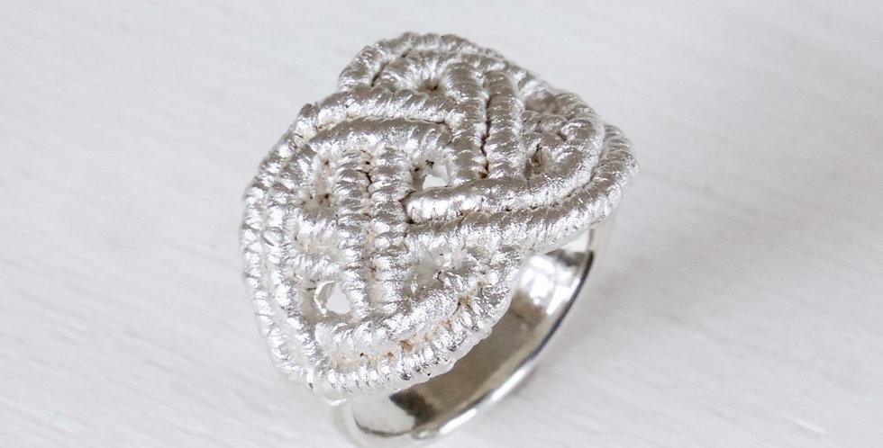 "Ring ""Mai"""