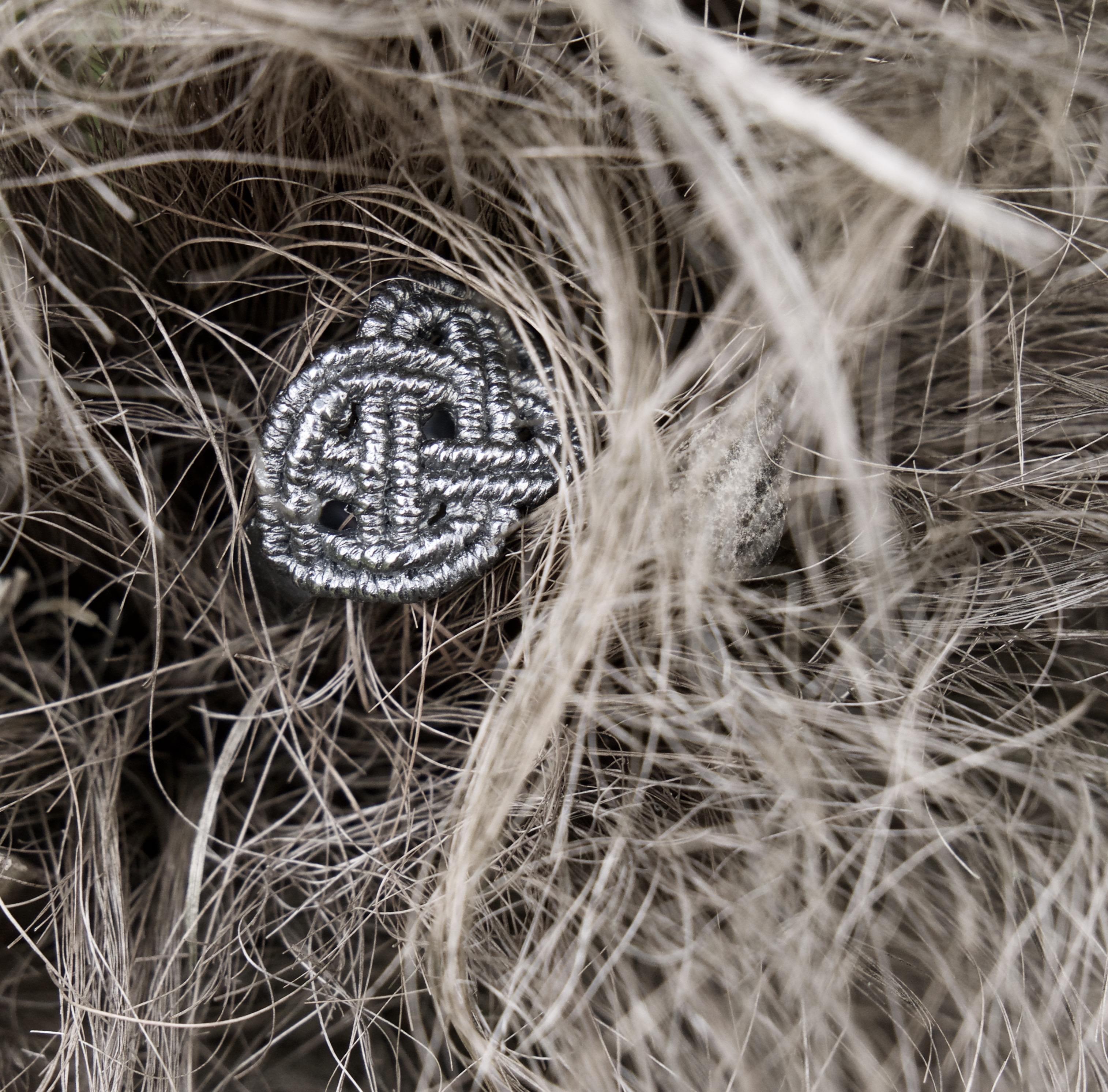 """F37 - Atado Ring """"Mai"""""""