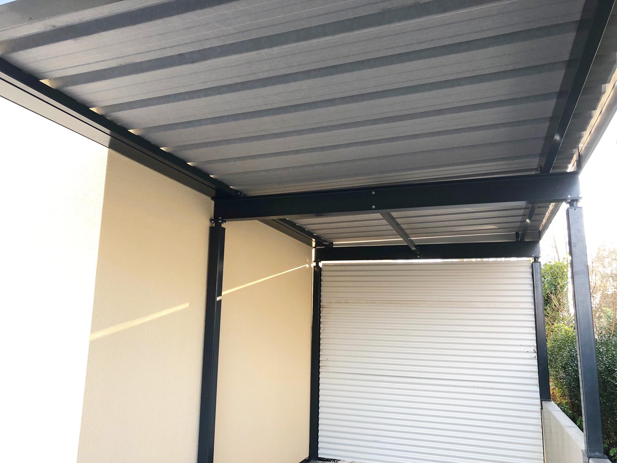 Anbindung an Haus mit Dachrinne