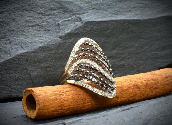 Damenring 750er Weißgold mit schwarzen & weißen Diamanten c. 1,9 Kt., Gr. 57